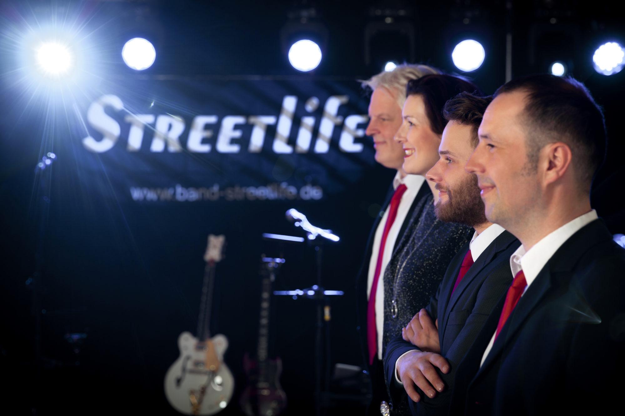 Band Streetlife